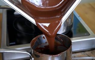 Gros oeufs en chocolat - Etape 6