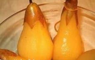 Poires pochées au Sauterne - Etape 7