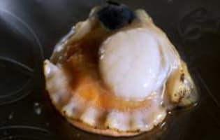 Ouvrir et décoquiller une coquille Saint Jacques - Etape 9