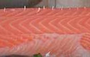 Désarêter un filet de saumon - Etape 3