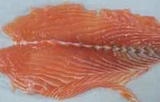 Désarêter un filet de saumon - Etape 6