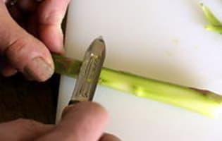 Éplucher et cuire des asperges fraîches - Etape 4