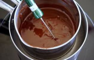 Tablage du chocolat noir - Etape 2