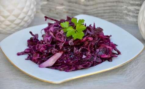 recettes de chou rouge par la p 39 tite cuisine de pauline chou rouge en salade. Black Bedroom Furniture Sets. Home Design Ideas