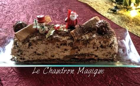 Entremet aux Ferrero Rochers pour Pâques, ou la bûche Ferrero Rochers pour Noël