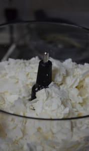 Beurre de noix de coco dans un blender