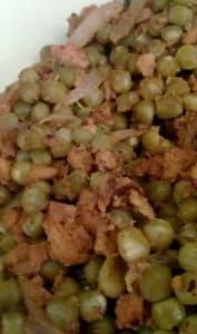 Protéines de soja texturées, petit pois et oignons