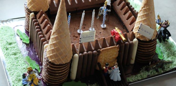 Gateau Anniversaire Chateau Fort.Gateau D Anniversaire Au Chocolat