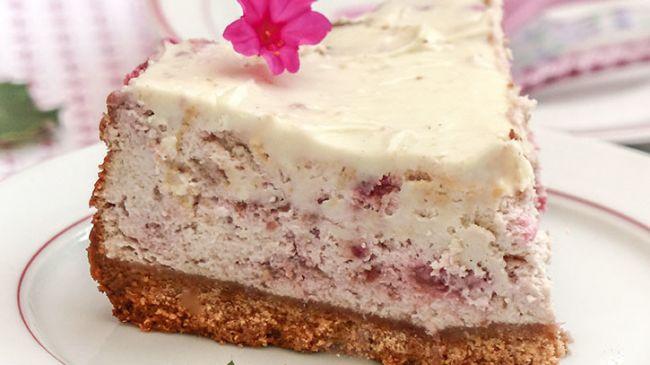 cheesecake chocolat blanc framboise par amande et basilic. Black Bedroom Furniture Sets. Home Design Ideas