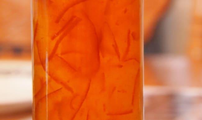 Pot de marmelade d'orange