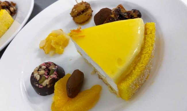Assiette de desserts en petites portions