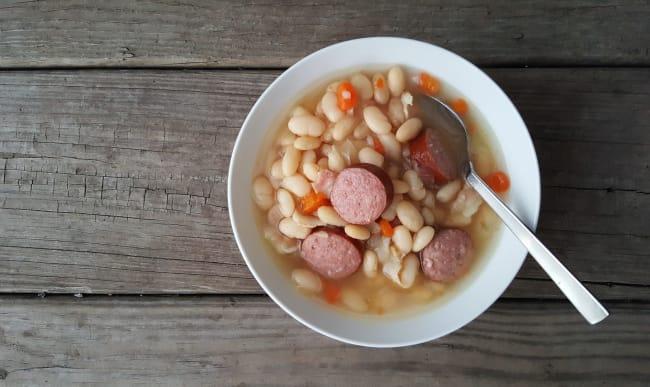 Soupe de mogettes et saucisse