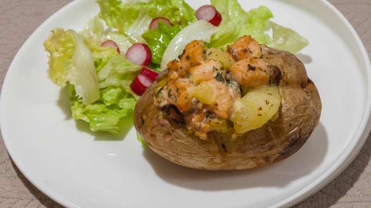 Pommes de terre au four au saumon et champignons kilometre recette par kilometre 0 - Recette saumon au four avec pomme de terre ...