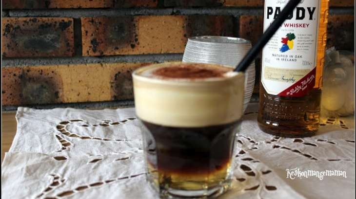 irish coffee un cocktail whisky caf et cr me comme en. Black Bedroom Furniture Sets. Home Design Ideas