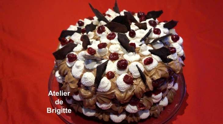 Layer cake for t noire atelier de brigitte gironde - Piscine foret noire allemagne saint denis ...