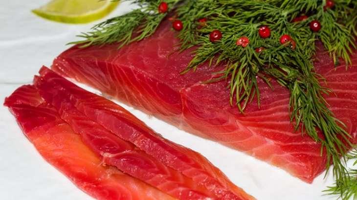 saumon gravlax la betterave rouge recette par jackie. Black Bedroom Furniture Sets. Home Design Ideas