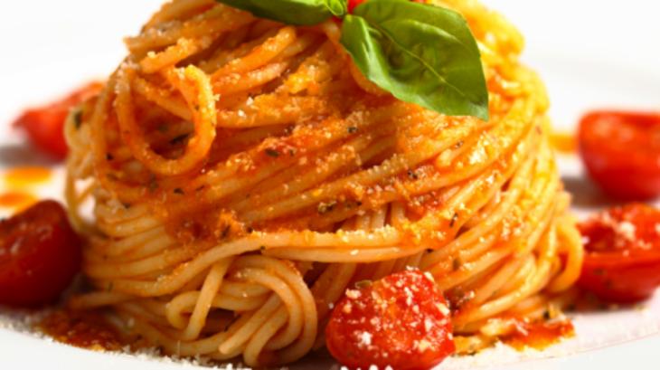 spaghetti au thon frais et aux tomates cerises recette par gustagora. Black Bedroom Furniture Sets. Home Design Ideas