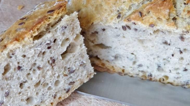 pain cocotte sans p trissage la farine de lin et graines de lin par carmen. Black Bedroom Furniture Sets. Home Design Ideas