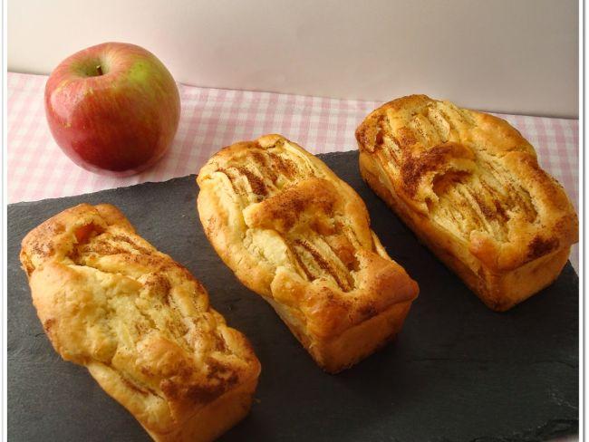 mini cakes aux pommes et la pur e d 39 amandes sans gluten et sans lactose. Black Bedroom Furniture Sets. Home Design Ideas