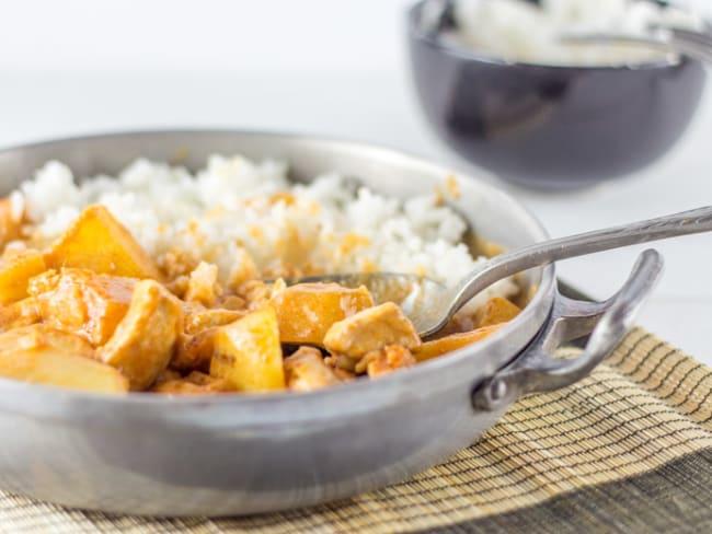 Poulet au curry massaman