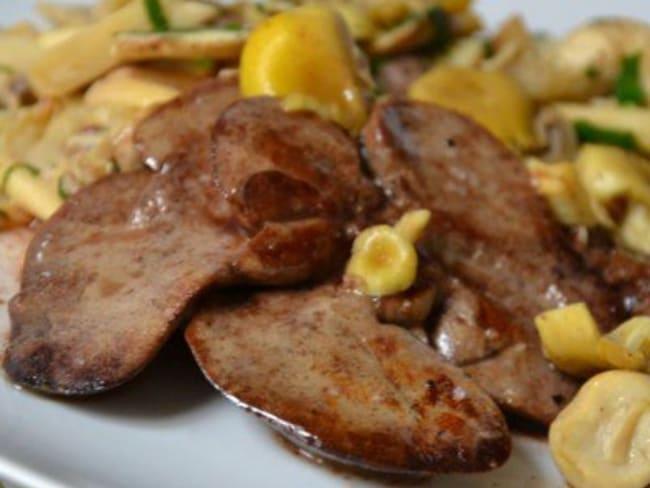 Foies de lapin aux champignons et au Pineau des Charentes