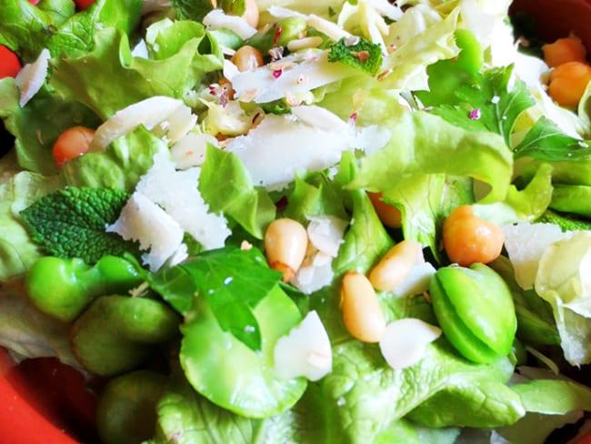 Salade Printanière au Pistou Menthe-Coriandre-Basilic
