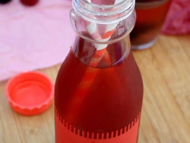 Thé glacé aux fruits rouges
