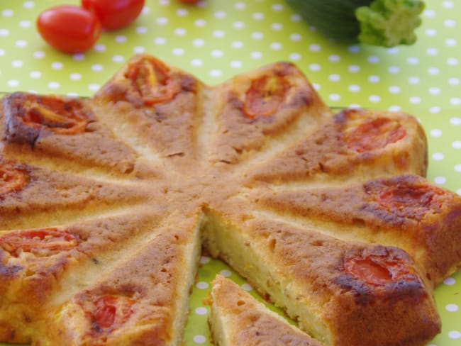 Gâteau au yaourt salé courgettes et tomates cerises