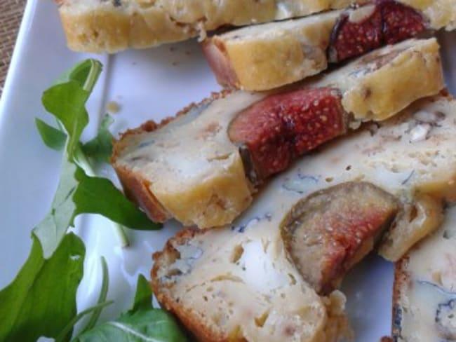 Cake aux figues,chèvre et miel