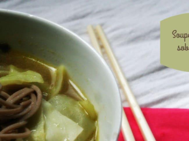 Soupe de soba au chou