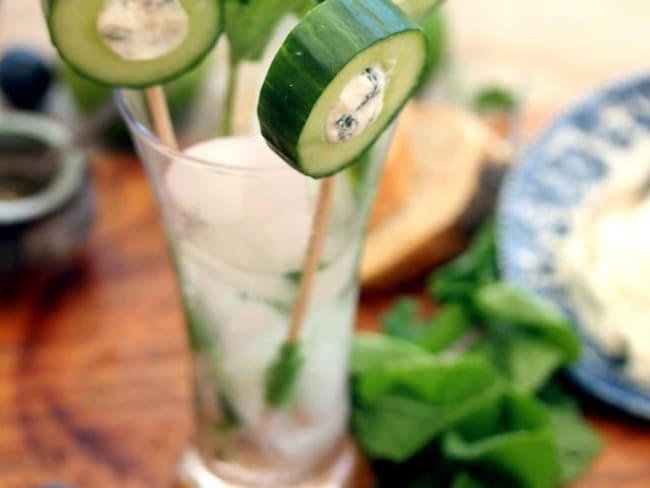 Sucettes de concombre au ricotta et la menthe fraîche