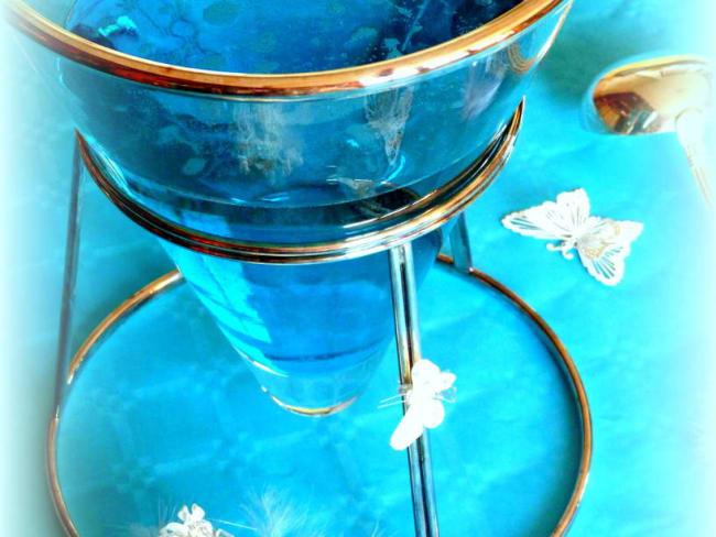 Cocktail bleu tropical