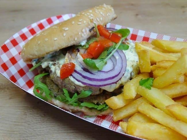 Hamburger à l'orientale, ketchup maison et sauce kébab