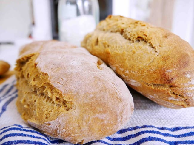 Comment faire vous-même votre pain au levain bio cuit au four