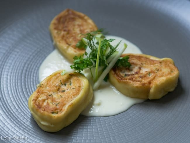 Fleischschnacka à la truite d'Alsace, sauce au riesling et au raifort