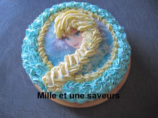Gâteau Reine des neiges garni de crème mousseline saveurs mangue et fruit de la passion