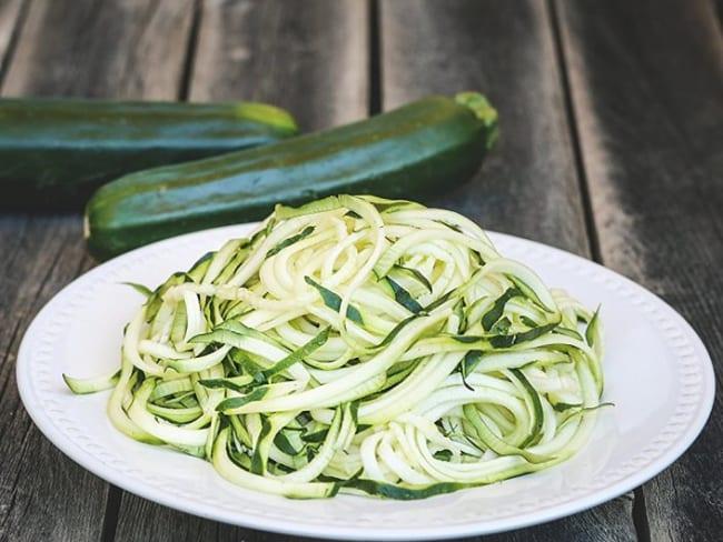 "Salade de courgettes ""spaghettis"""