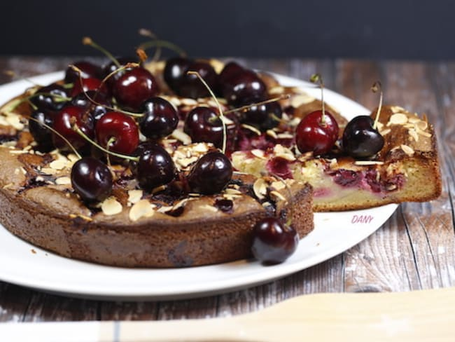 Gâteau aux cerises amandes et mascarpone