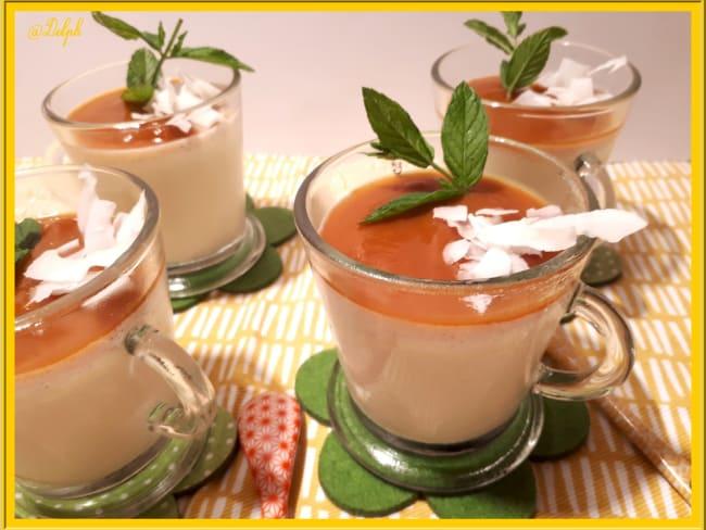 Panna cotta et coulis d'abricot
