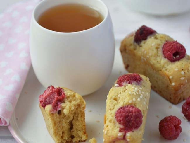 Mini cake au sésame et aux framboises