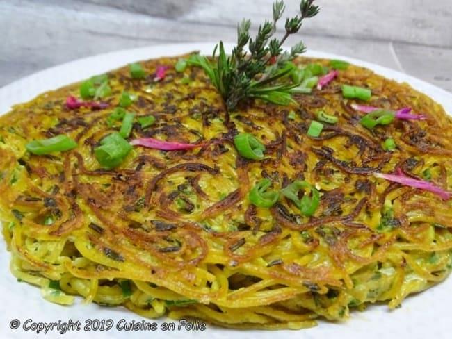 Gâteau de spaghetti aux fines herbes, mozzarella et Pecorino