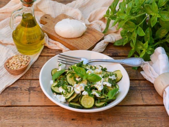 Salade de courgettes à la burrata