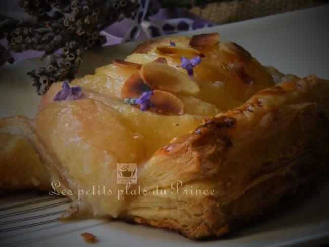 Tartelettes feuilletées pêche lavande