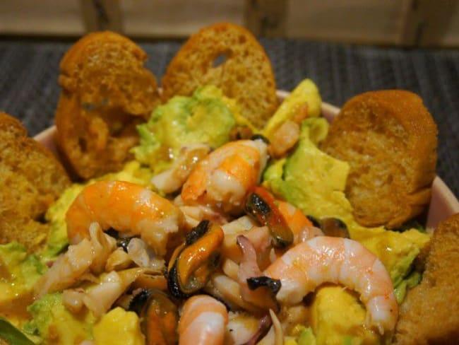 Salade de fruits de mer àl'avocat
