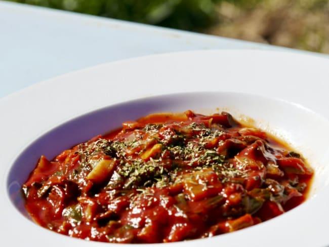 Bettes à la tomate et chorizo