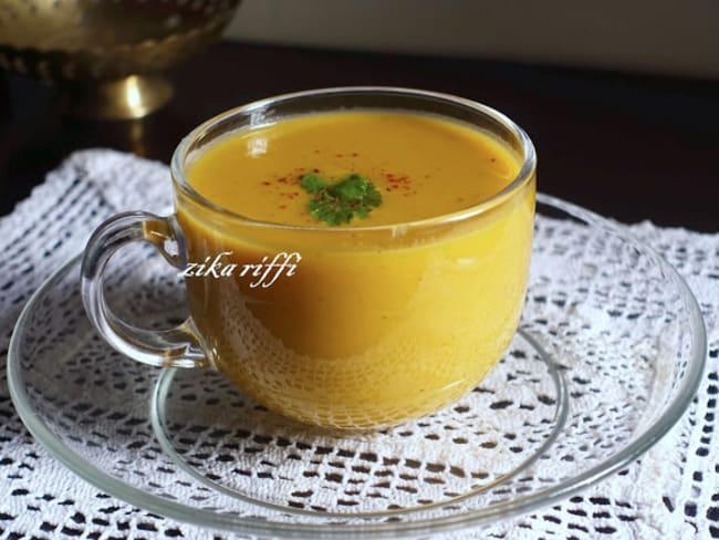 Soupe veloutée potiron poireau pommes de terre au paprika fumé