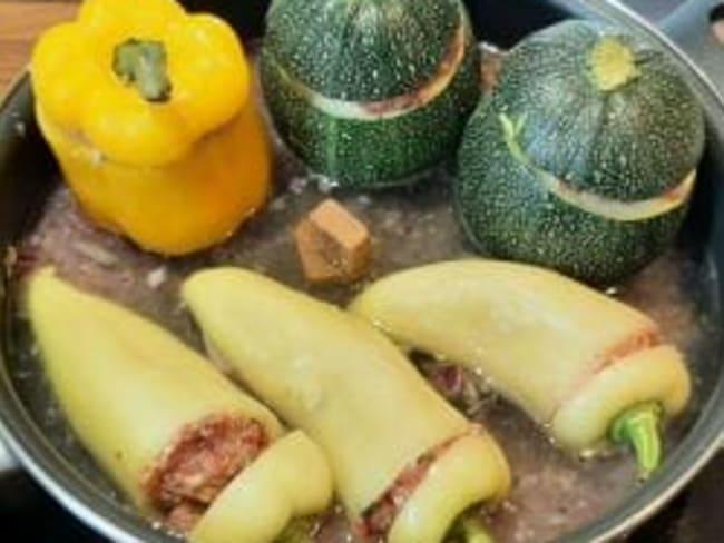 Courgettes rondes et poivrons farcis