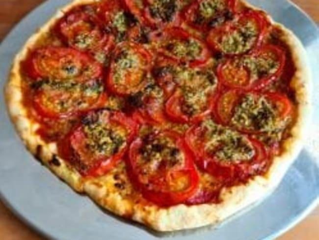 Tarte à la tomate et au pesto
