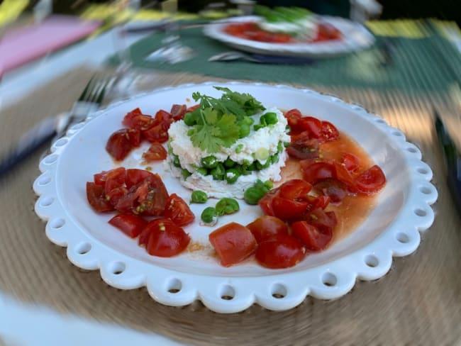 Chèvre frais et ricotta, petits pois, coriandre et concassée de tomates au vinaigre