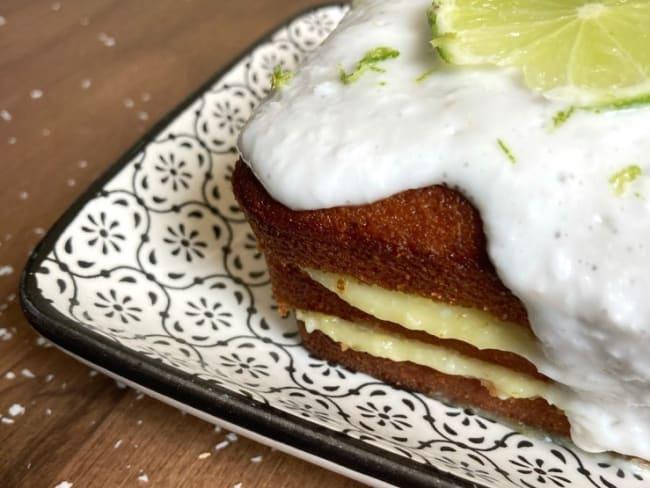Cake coco citron vert fourré à la crème de citron vert